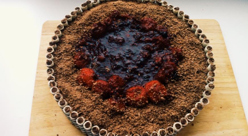 Бисквитный ягодно-творожный торт. Шаг 9