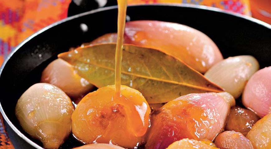 Рецепт Луковки в карамельном соусе