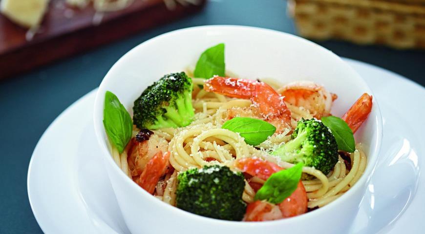 Рецепт Спагетти с креветками и брокколи