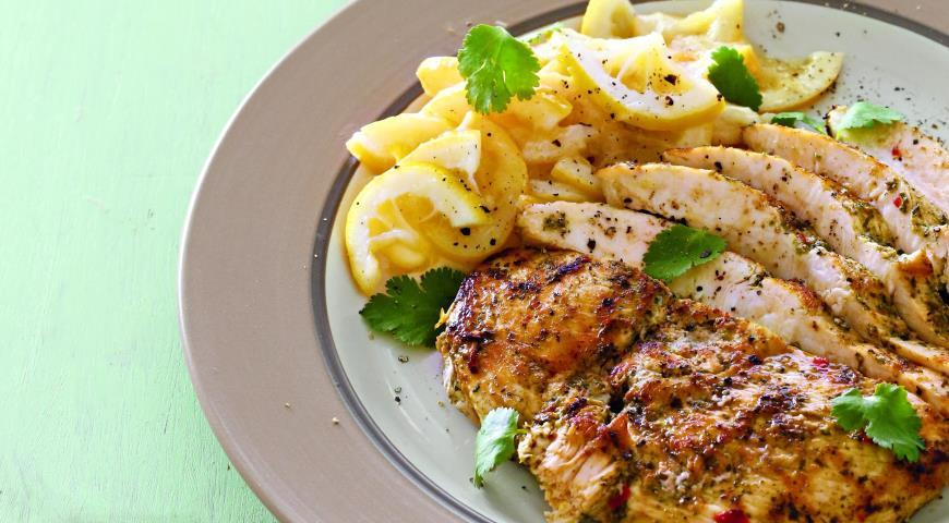 Рецепт Куриное филе в маринаде чермула