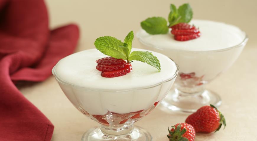Рецепт Творожный мусс с ягодами