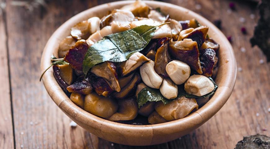 Рецепт Соленые белые грибы