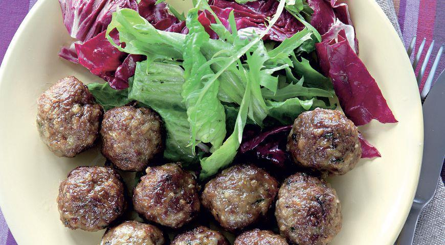 Рецепт Фрикадельки из баранины с зирой, фаршированные виноградом