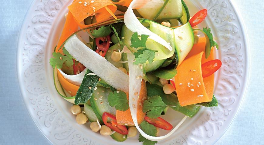 Рецепт Салат из овощной лапши