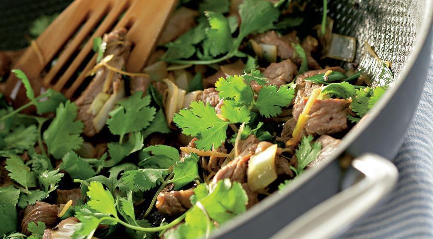 Рецепт Говядина с имбирем и кунжутным маслом