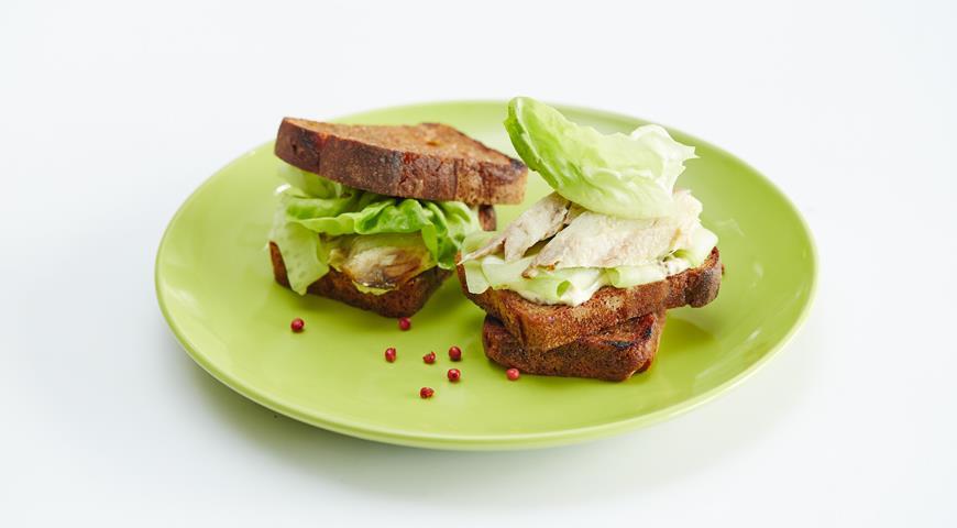 Рецепт Сэндвич со скумбрией и горчичной заправкой