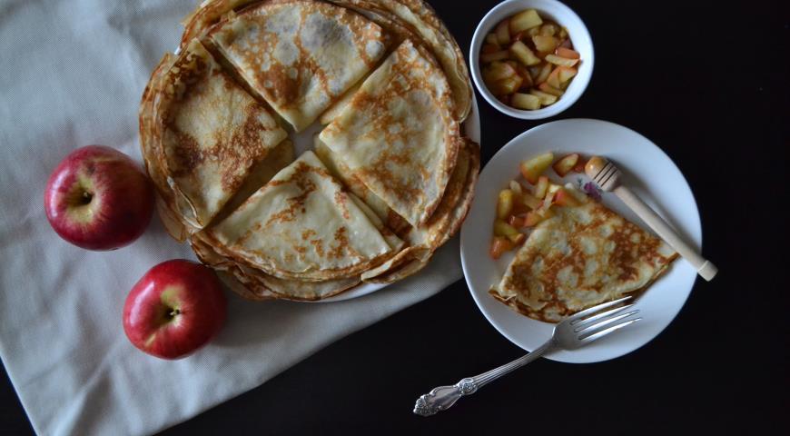 Рецепт Кокосовые блинчики с карамельными яблоками