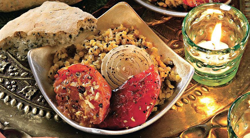 Рецепт Чечевица и индийский хлеб наан с запеченными овощами и нигеллой