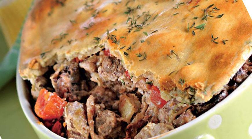 Рецепт Пирог с мясом антилопы и почками