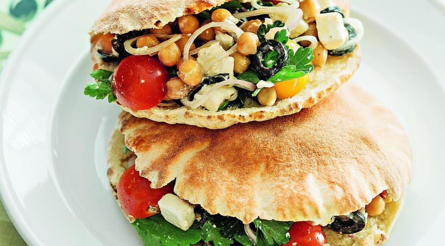 Рецепт Греческий салат с нутом
