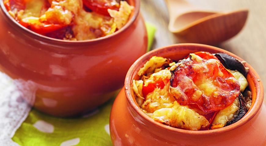 Рецепт Баклажаны с помидорами и сыром