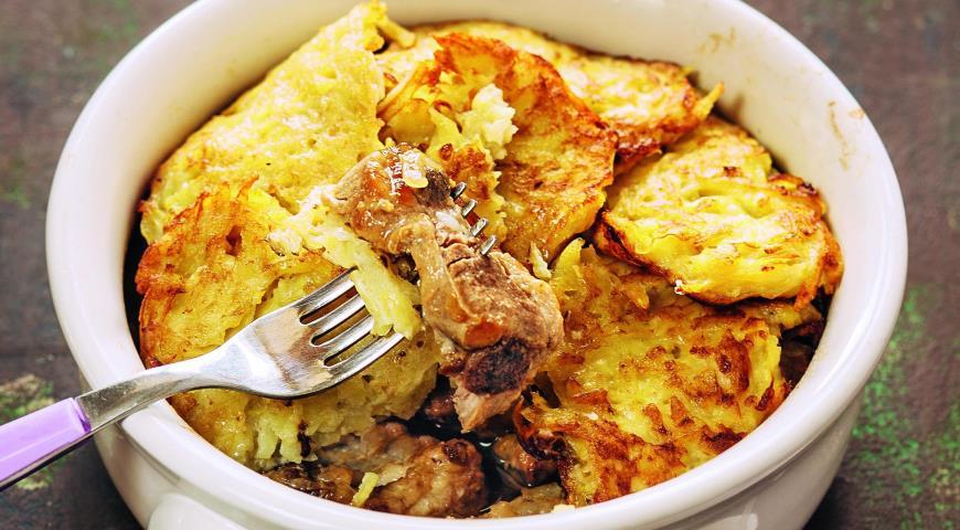 Рецепт Свинина с драниками, томленная в горшке