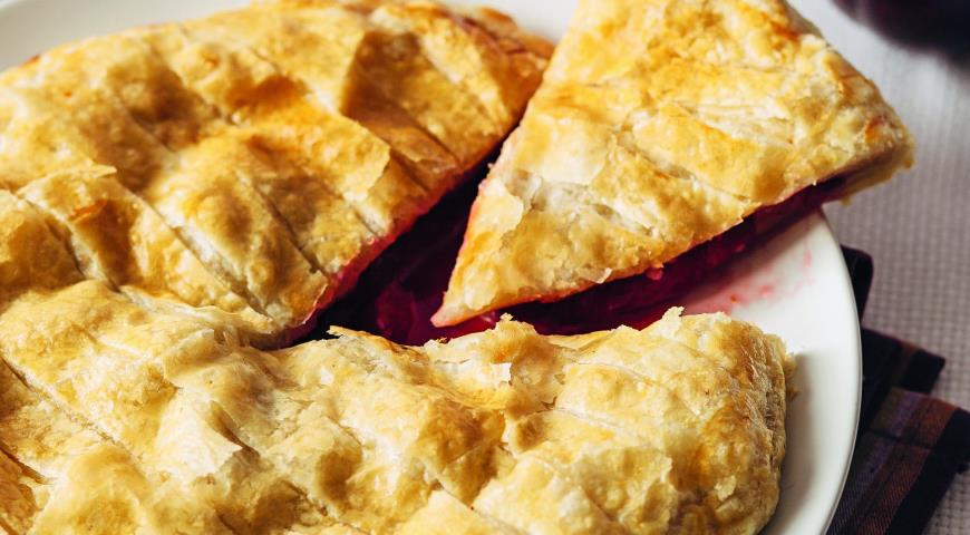 Рецепт Быстрый пирог со сливами