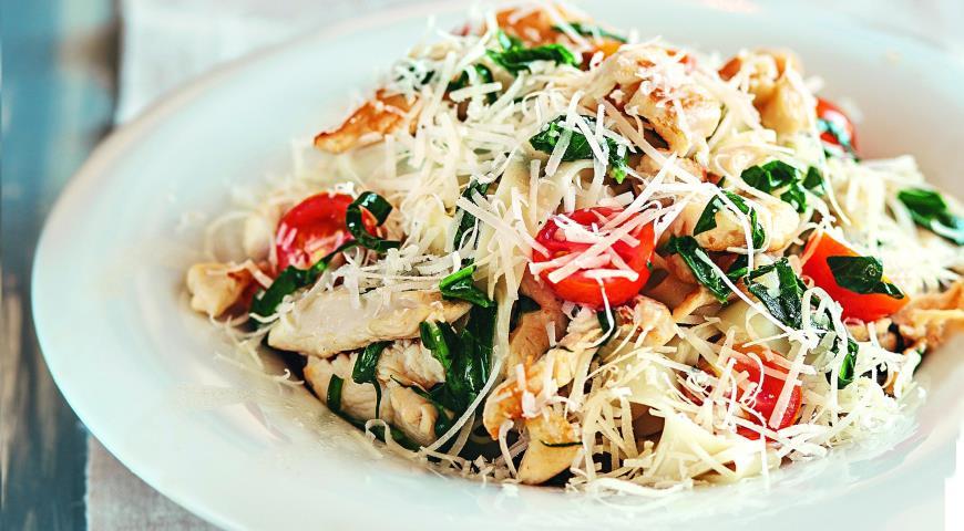 Рецепт Паста с курицей, помидорами и шпинатом