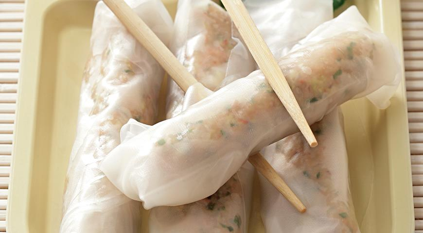 Рецепт Роллы из рисовой бумаги с креветками