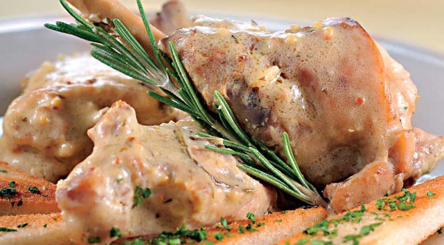 Рецепт Стифадо на сливках из кролика