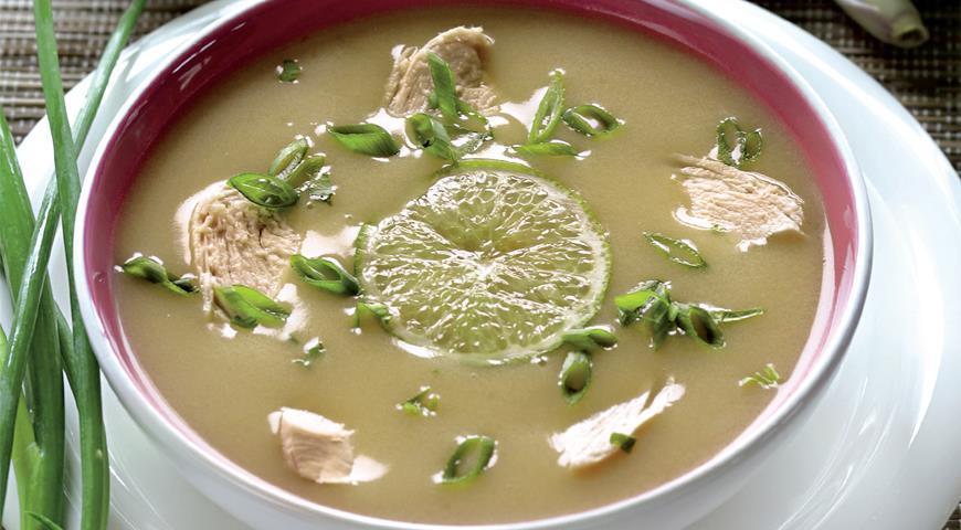 Рецепт Том ка, тайский кокосовый суп с курицей