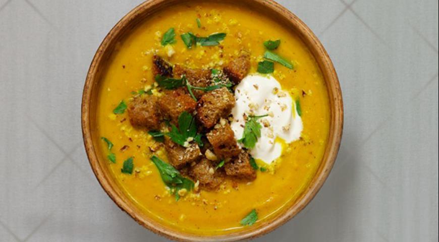 Рецепт Густой тыквенный суп с гренками