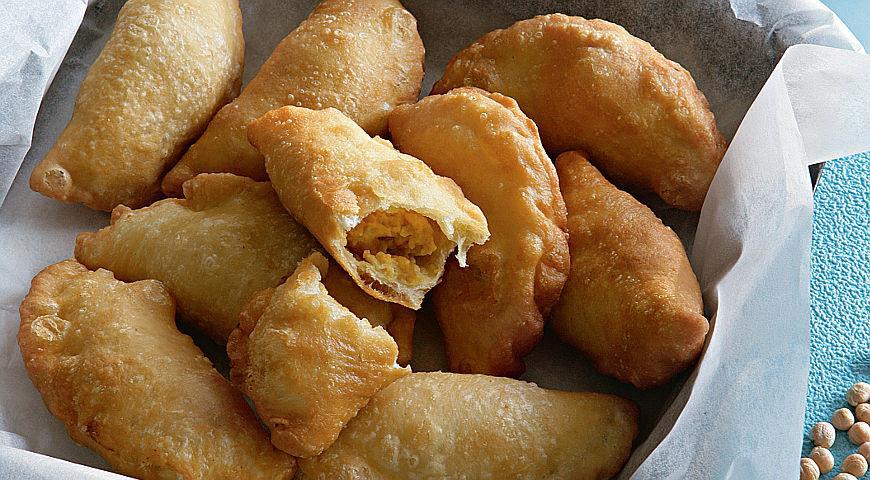 Рецепт Самбусаки с пюре из хумуса