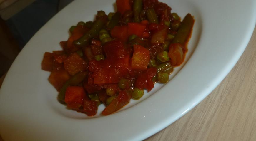 Рецепт Овощное рагу с репой, горошком и имбирным соусом