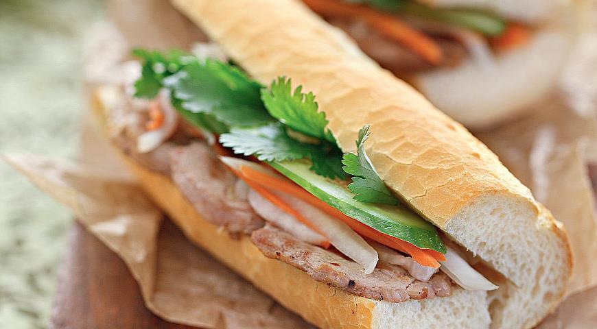 Рецепт Бань ми, сэндвич с жаренной на гриле свининой