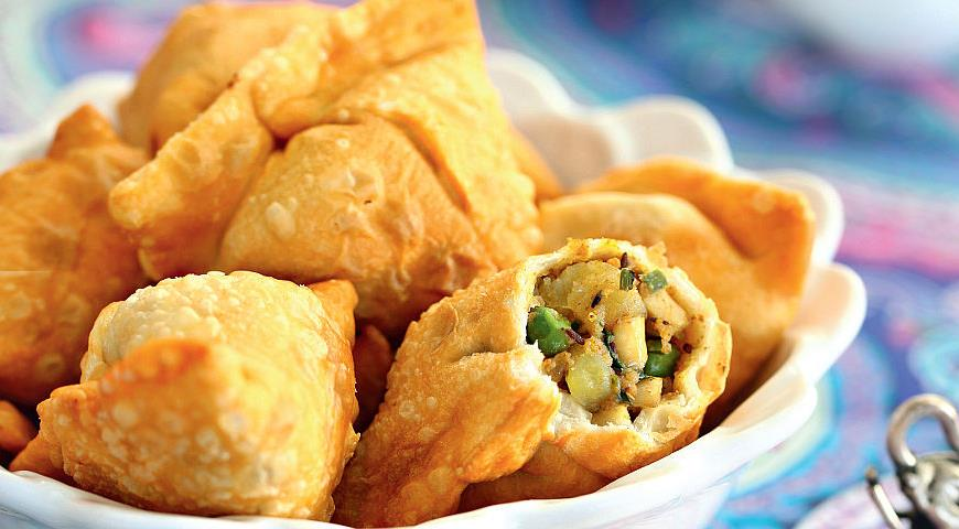 Рецепт Самоса с картофелем и горошком