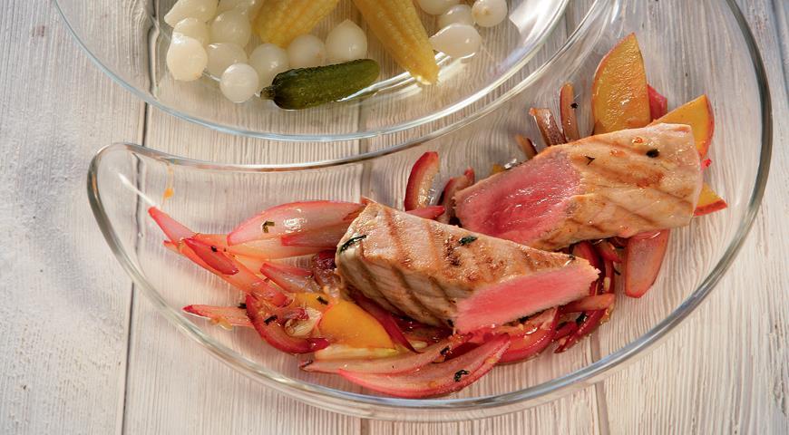 Рецепт Тунец, жаренный с нектаринами
