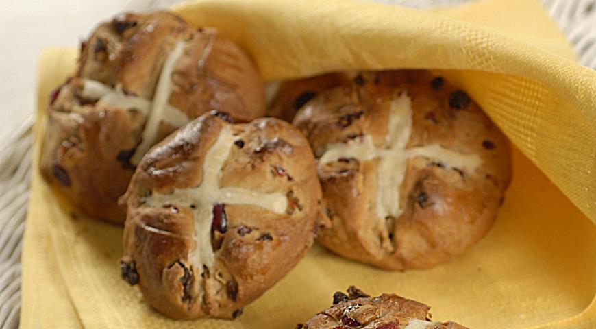 Рецепт Английские пасхальные булочки