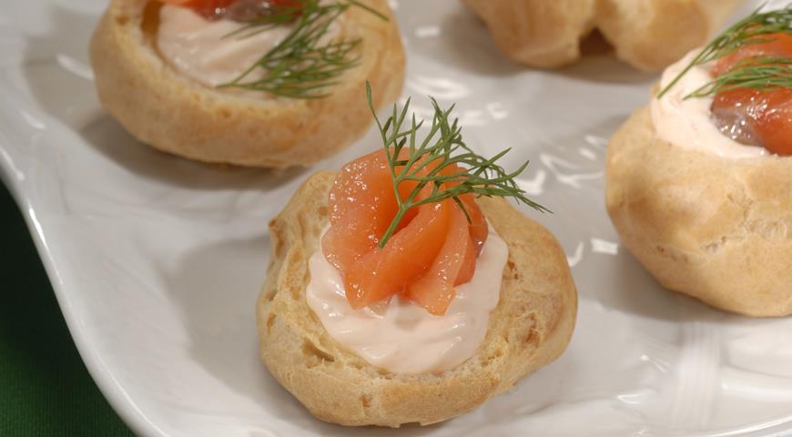 Рецепт Профитроли с лососем
