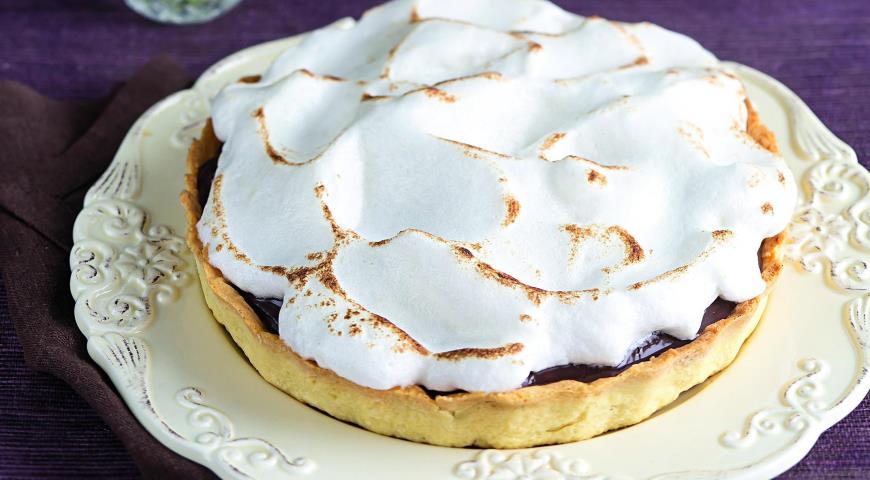 Рецепт Шоколадный торт с меренгой