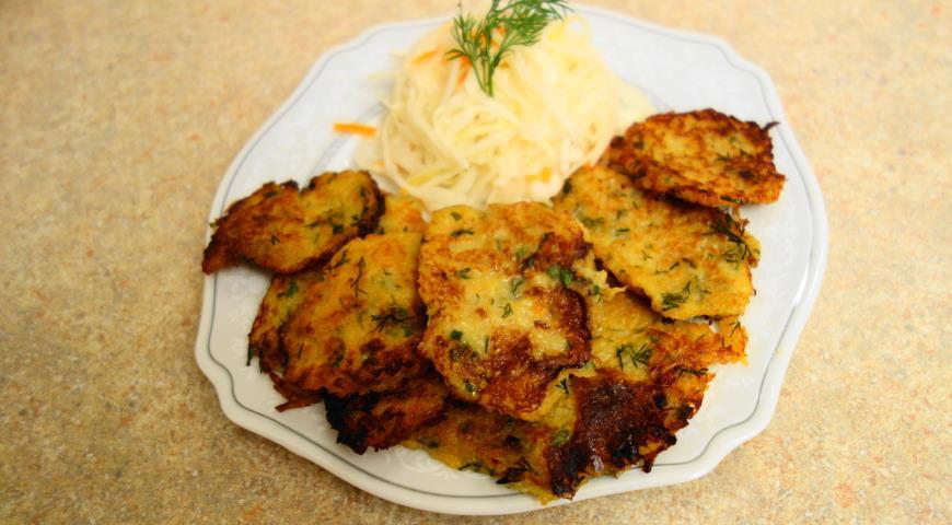 Рецепт Картофельные оладьи с квашеной капустой