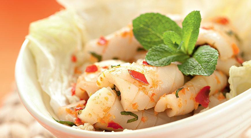 Острый салат из кальмара, пошаговый рецепт с фото