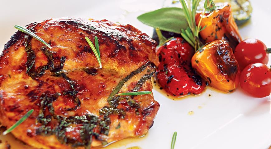 Рецепт Свиная корейка с овощами-гриль от Максима Аверина