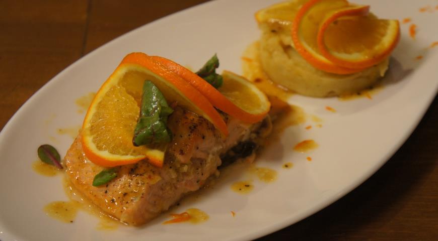 Рецепт Семга в апельсиново-имбирном соусе с картофельным пюре
