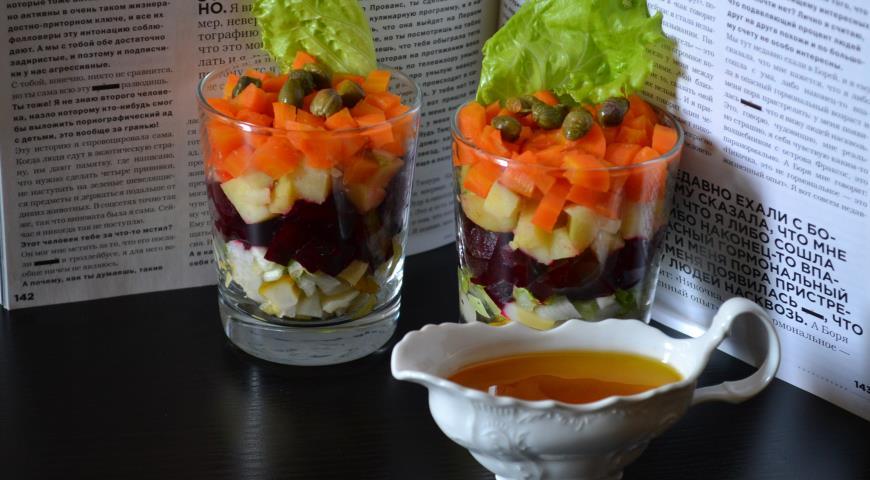 Рецепт Винегрет в стакане с маринованными боровиками
