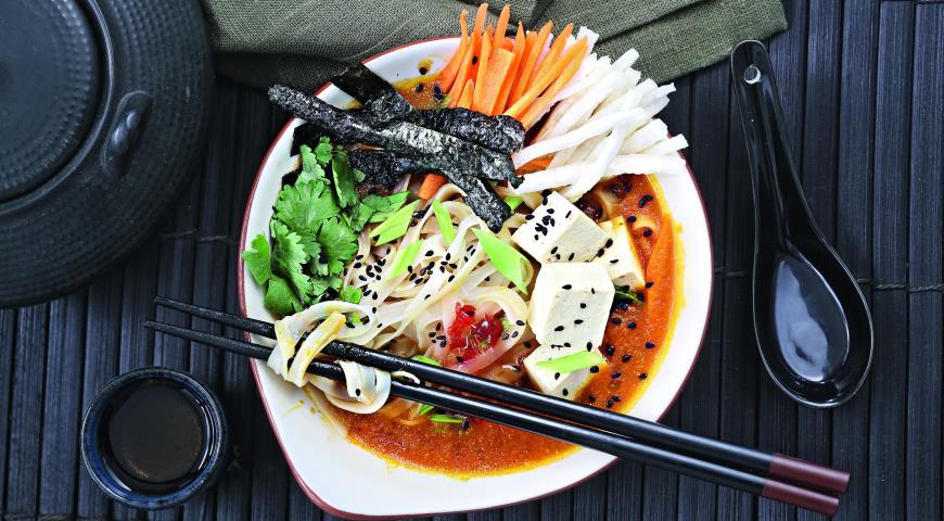 Рецепт Суп с рисовой лапшой и бульоном из тыквы