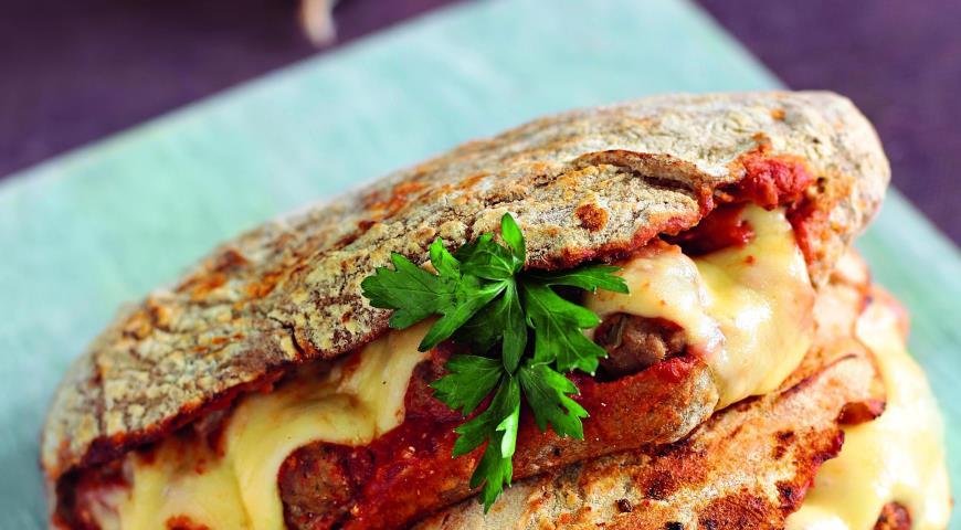 Рецепт Большой сэндвич с фрикадельками