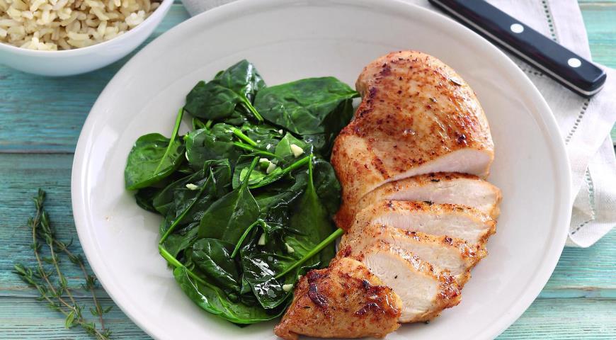 Рецепт Цыпленок со шпинатом и белым вином