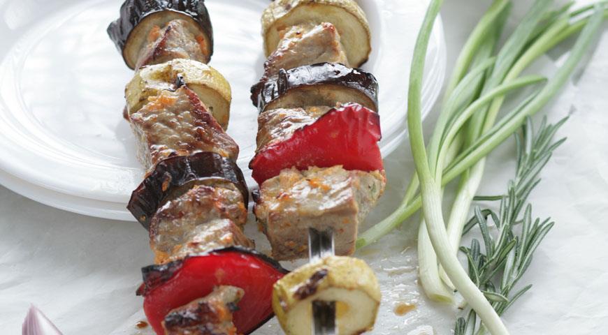 Рецепт Шашлык из свинины в овощном маринаде