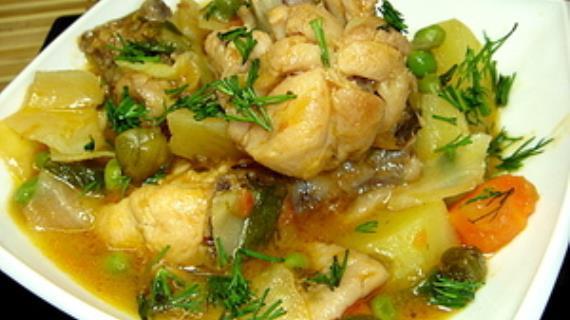 """Нежнейшая курочка с овощами """"Пальчики оближешь"""", пошаговый ...: http://www.gastronom.ru/recipe/26939/nezhnejshaya-kurochka-s-ovoshchami-palchiki-oblizhesh"""