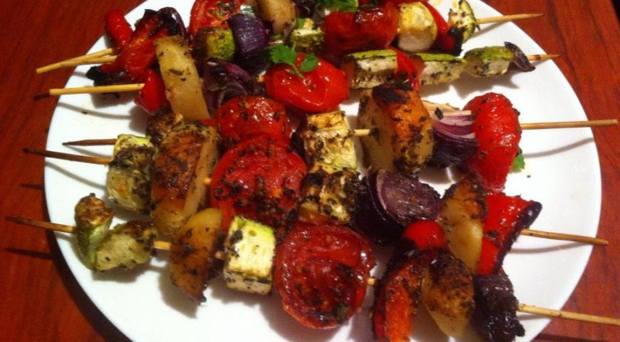 Рецепт Овощной шашлык на шпажках