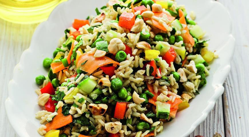 Рецепт Овощной салат с коричневым рисом