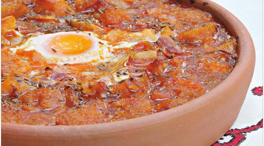 Рецепт Кастильский суп с хлебом и яйцами