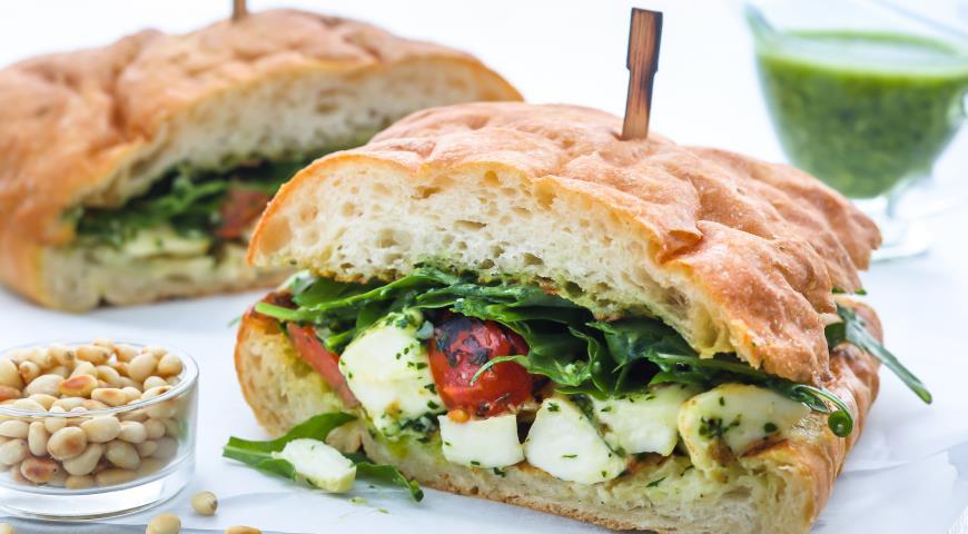 Рецепт Тёплый сэндвич аля Капрезе