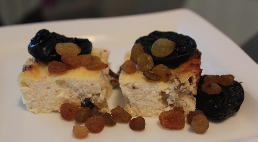 Рецепт Творожная запеканка с сухофруктами без сахара