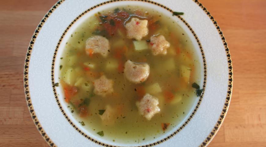 Рецепт Картофельный суп с острыми клецками карри