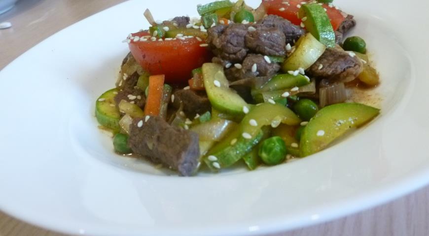 Рецепт Говядина с овощами вок