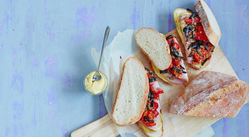 Рецепт Сэндвич с ветчиной и печеным перцем