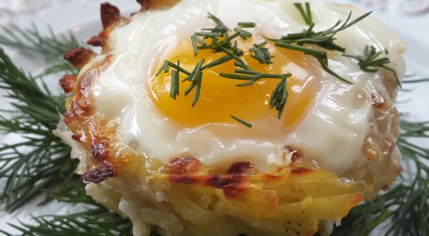 Рецепт Яйца в картофельных корзинках