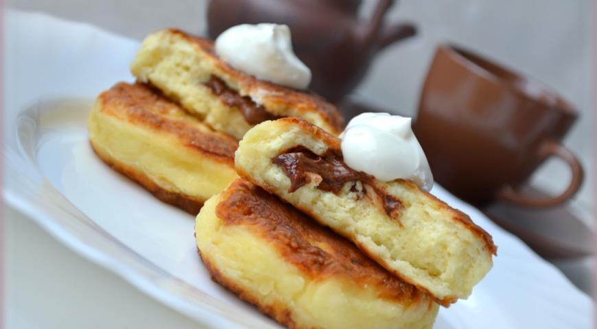 Рецепт Сырники с шоколадным сюрпризом